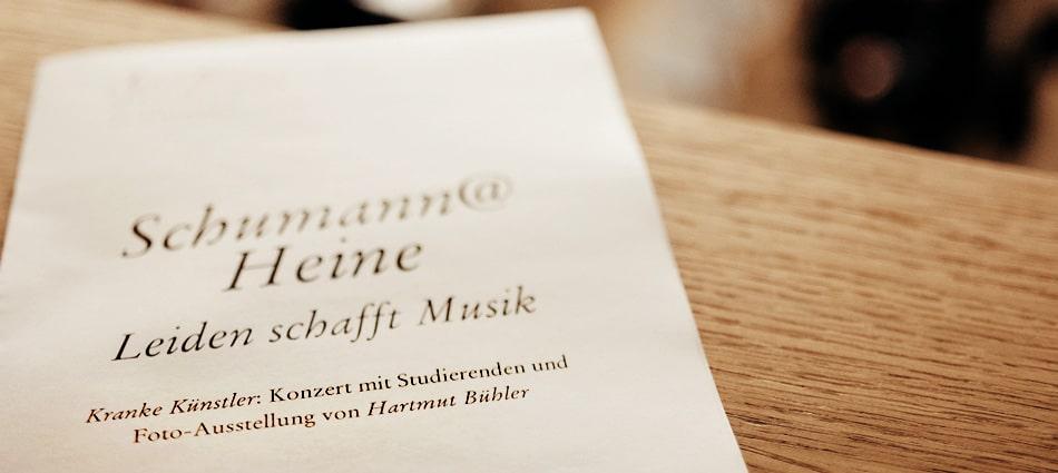104-fotografie-ausstellung-hartmut-buehler-leiden-schafft-musik